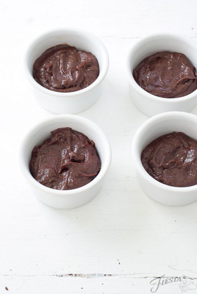 Mexican-Chocolate-Lava-Cakes----Oh-So-Delicioso-2[1]