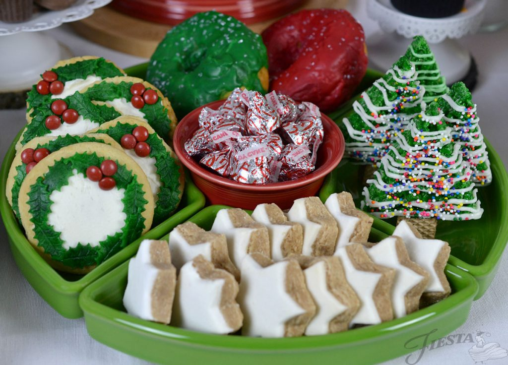 Holiday treats in an all Shamrock Entertaining Set