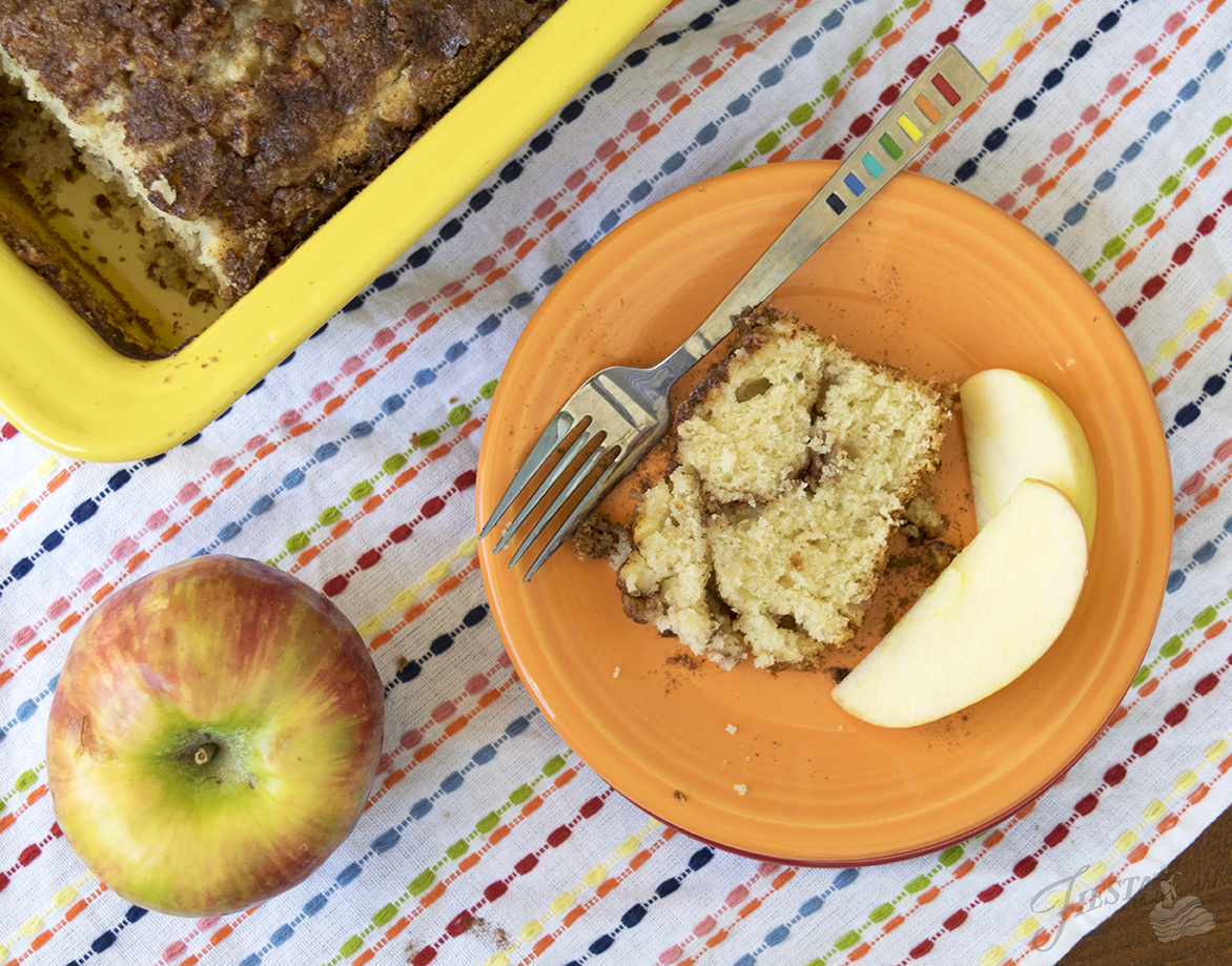 apple-bread