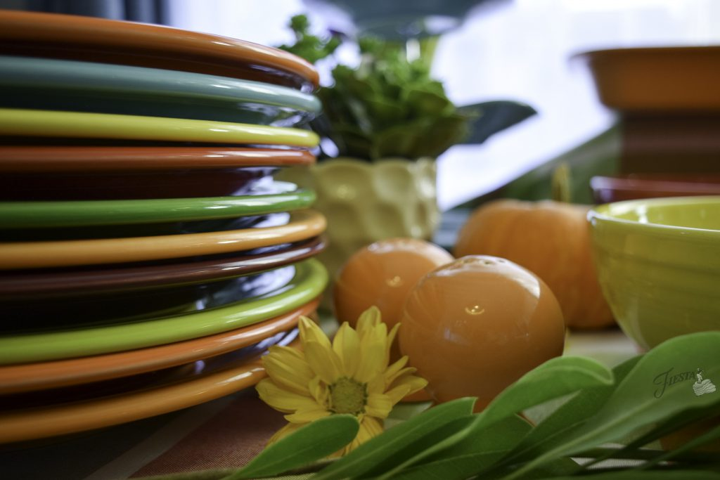 The Fiesta Guide to Setting a Thanksgiving Buffet Table