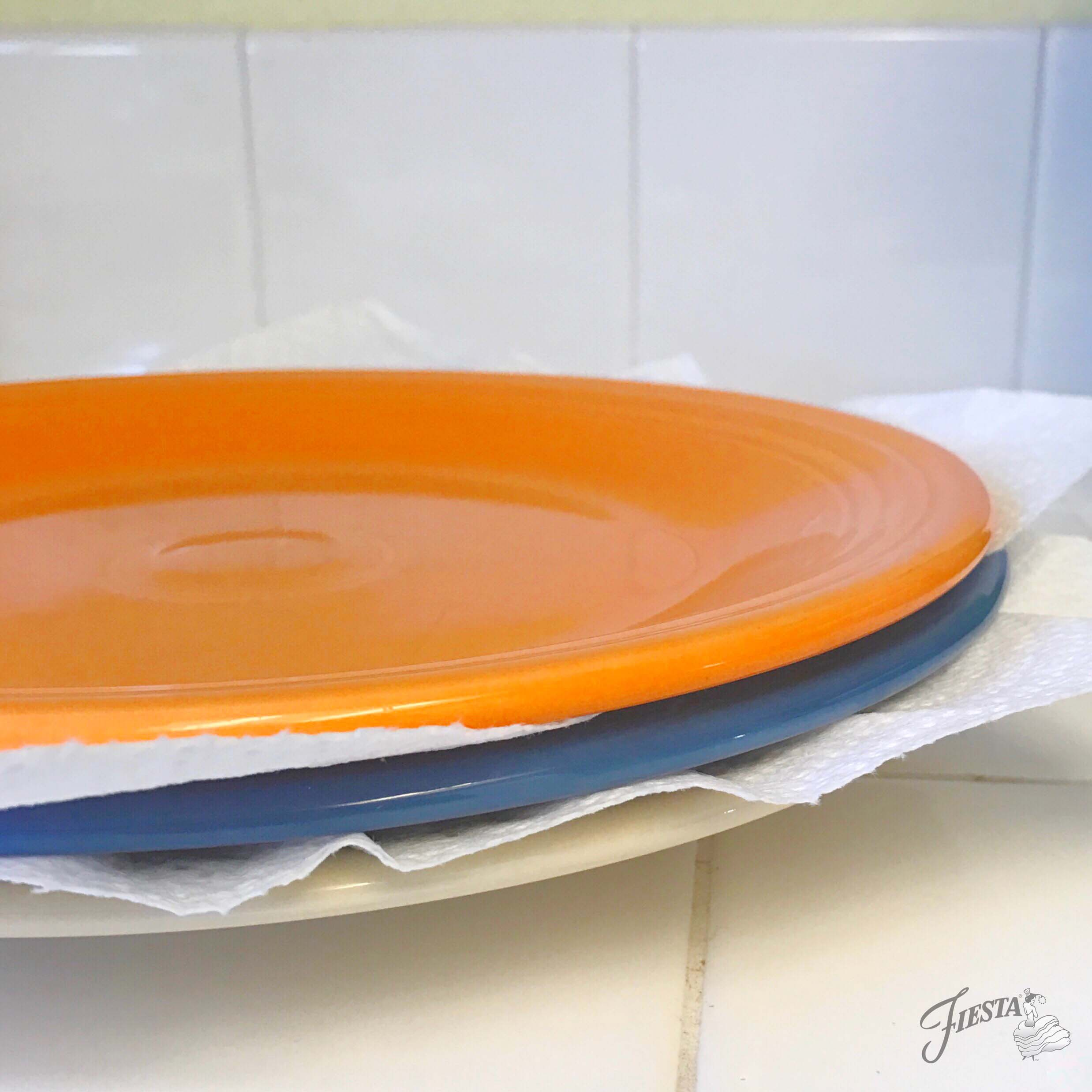"How to avoid ""scratch marks"" on your dark glaze dinnerware."